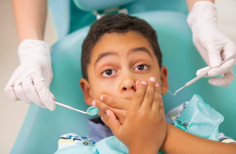 Pediatric dental clinics with a child friendlt ambiance reduced the anxiety in Kids
